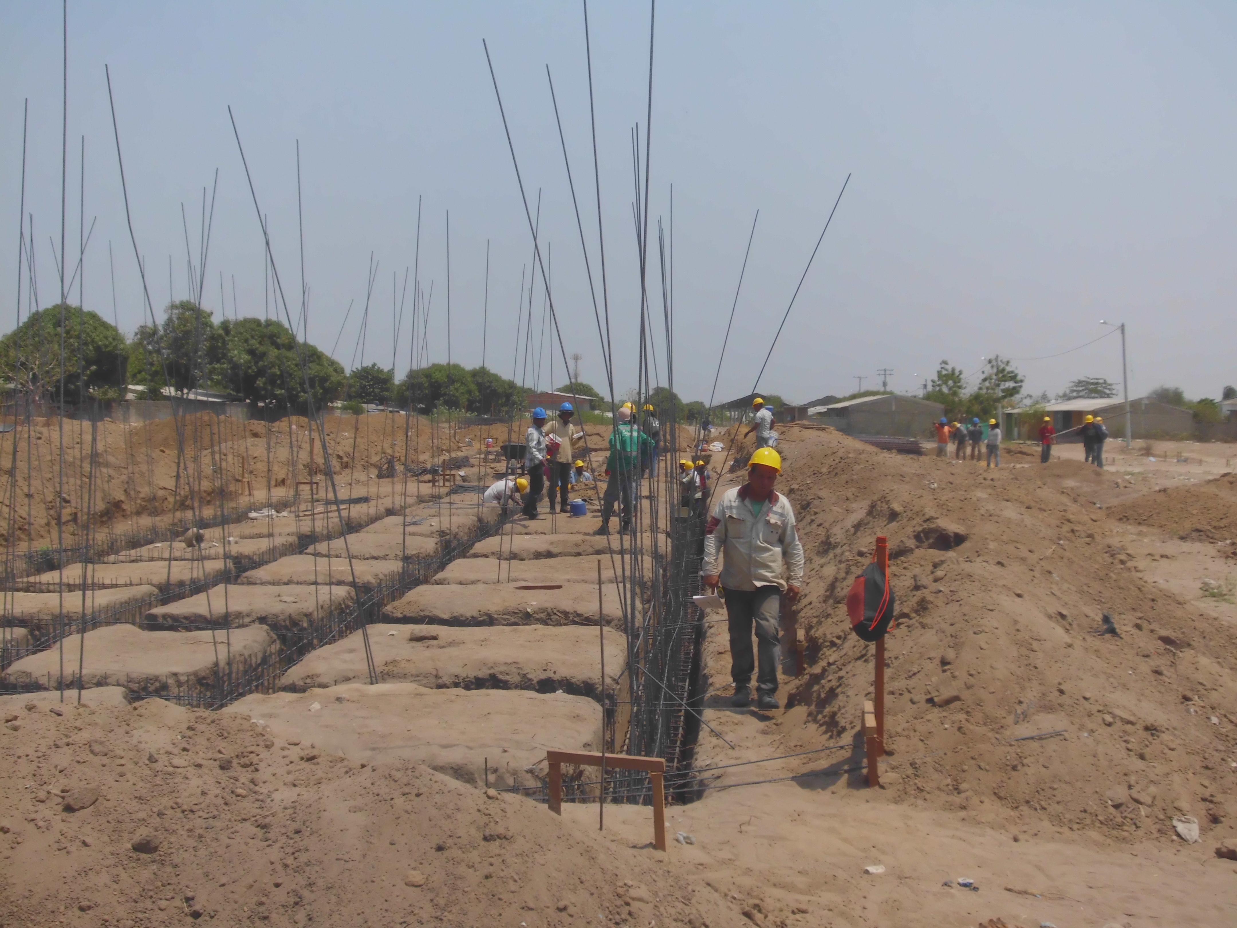En malambo avanza construcci n de las 720 viviendas de for Construccion de casas
